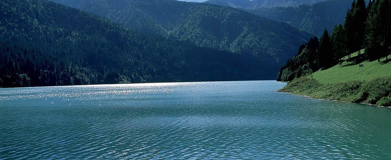 Vista panoramica del Lago di Sauris